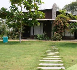 Hotel Riparian Resort