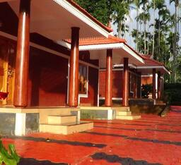 Hotel Pappy's Nest Resort