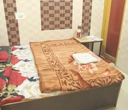 Hotel TG Rooms Raghunath Temple