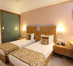 Hotel TG Rooms  DLF Phase 1