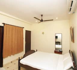 Hotel TG Rooms French Town