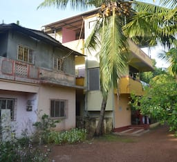 Hotel Rajas Holiday Home