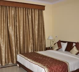 Hotel TG Rooms Sector 14