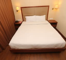 Hotel TG Rooms ISBT Commercial Campus