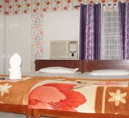 Hotel TG Rooms NJP Station
