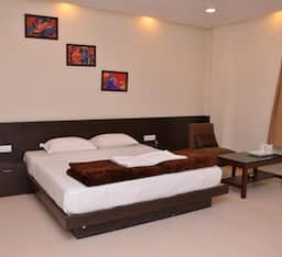 Hotel TG Rooms Gurudwara Road