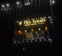 Hotel The Jewels