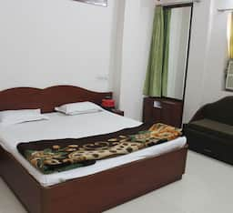 Hotel TG Rooms M.G.H Road