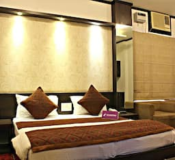 Hotel WudStay Golf Course Road
