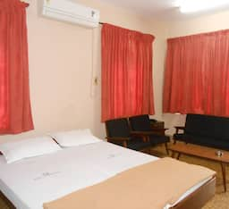 Hotel Paris Lodging House