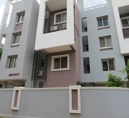 Hotel Cozy Nest Service Apartment