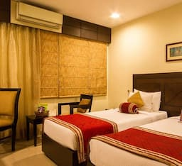 Hotel Deyor Gold Star IGI Airport
