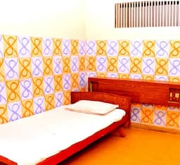 Hotel TG Rooms Jawaharlal Nehru Street