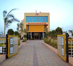 Hotel The Grand Imperial