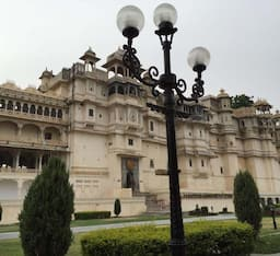 Hotel Shiv Niwas Palace (A Grand Heritage Property)