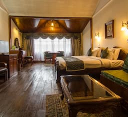 Hotel TG Rooms The Mall Road