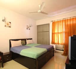 Hotel TG Rooms Sohna Road