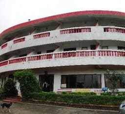 Hotel Golden Resort
