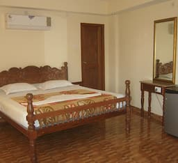 Hotel VVIP Homestay ( Beach Side )