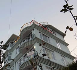 Hotel Aamantran Stays