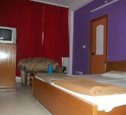 Hotel TG Rooms Charbagh