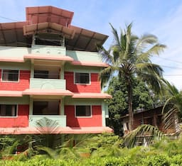 Hotel Amraban Resort