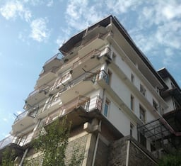 Hotel Karans North Valley View