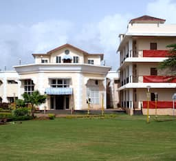 Hotel Sharmila Resort