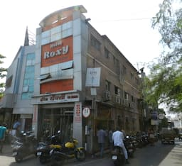 Hotel Roxy Lodging And Restaurant, Pune