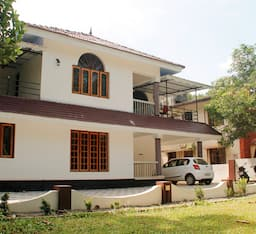 Hotel TG Stays Tharappel Lane