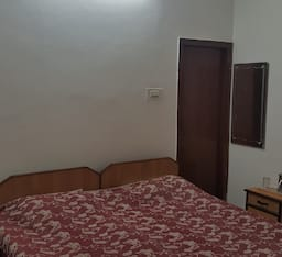 Hotel TG Stays Telibagh