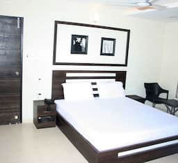 Hotel Sunrise Grand, Himatnagar