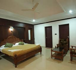 Hotel Akhil Beach Resort