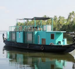 Hotel Discovery House Boat