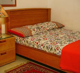 Hotel Pleasant Stay