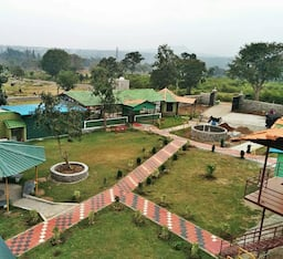 Hotel Misty Wood Resort