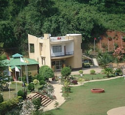 Hotel Spring Valley Resort