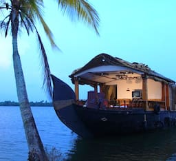 Hotel Pournami Tours