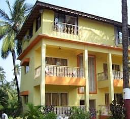 Hotel Arnala Beach Resort