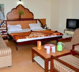 Hotel Silver Heights, Unnao