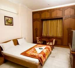 Hotel TG Stays Banjara Hills