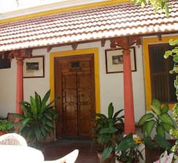 Hotel Dumas guest House