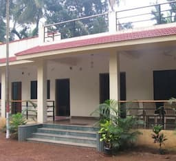 Hotel Shree Holiday Homes