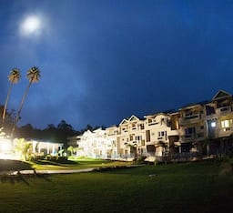 Hotel Humming Bird Resort