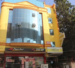 Hotel Confido Inn & Suites