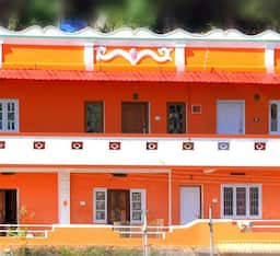 Hotel River View Homestays