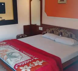 Hotel Palm Residency