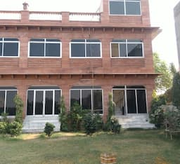 Hotel TG Stays Banar Road