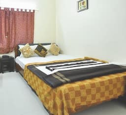 Hotel Nilanjan Guest House