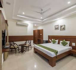 Hotel Treebo JP Plaza
